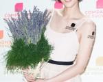 藝人魏蔓11月7日在台北出席保養品活動,她透露,不設限和藝人林佑威未來戀愛可能,「是值得考慮的對象。」(陳柏州/大紀元)