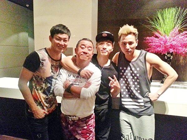 曾志伟(左2)与LOLLIPOP@F棒棒堂其中三位成员合照。(种子音乐提供)