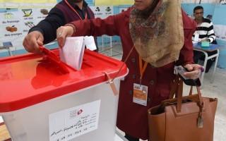阿拉伯之春搖籃 突尼西亞首次總統直選