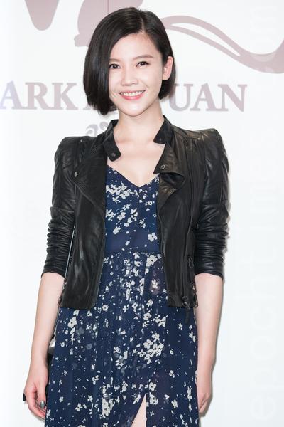 金钟影帝赵又廷和大陆女星高圆圆11月28日在台北举办婚礼,艺人杨子姗出席祝贺。(陈柏州/大纪元)