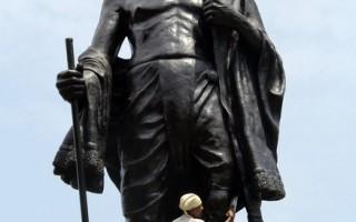 女預言家透視命運:印度分裂 甘地遇刺