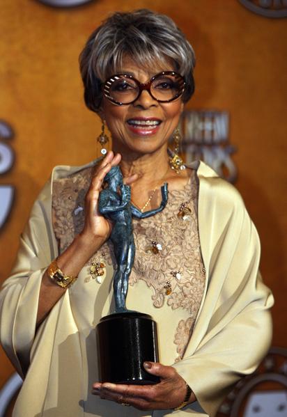 美国电影和戏剧女演员、民权活动家、剧作家露比‧迪于6月11日去世,享年91岁。(GABRIEL BOUYS/AFP/Getty Images)