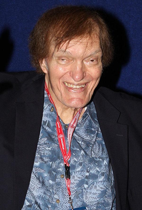 """曾于007系列电影中扮演反派角色""""大钢牙""""一角的好莱坞男星理察德‧基尔,于9月10日过世,享年74岁。(维基百科公共领域)"""