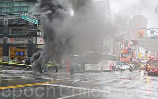 法拉盛王子街地下電力變壓器著火爆裂
