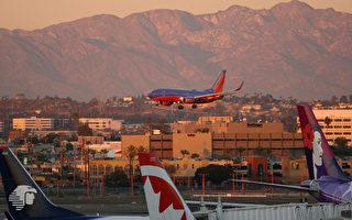 飛機上生小孩 西南航空迫降洛杉磯