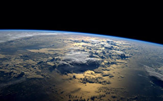 组图:宇航图片描绘2014年地球表情