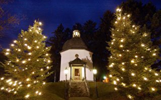 《平安夜》:寧靜安詳的經典聖誕歌曲