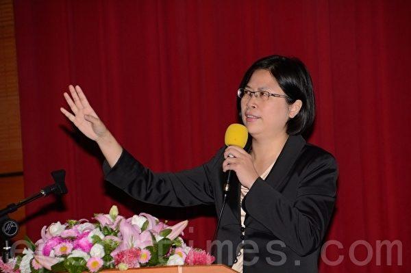 法轮功人权律师团发言人朱婉琪。(方惠萱/大纪元)