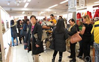 中国人赴美旅游数量大减 原因何在
