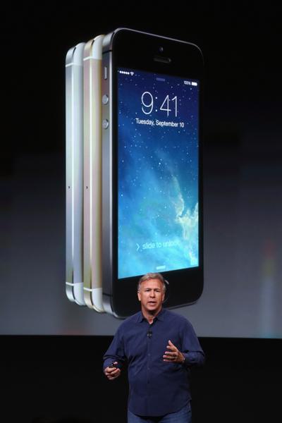儘管iPhone 5S已推出一年多了,但始終列上最佳手機的前10名。假如iPhone是你的理想手機,但預算有限,又不需要有大屏幕,iPhone 5S的確是個值得考慮的選擇。(Justin Sullivan/Getty Images)