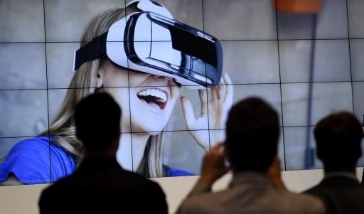 安德烈森‧霍洛维茨公司主席狄克森(Chris Dixon)表示,虚拟实境因智能手机热潮的驱动,将在2015年成为一股蓄势待发的主流。(TOBIAS SCHWARZ/AFP)