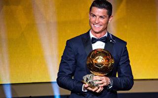C罗力压梅西和诺伊尔 蝉联FIFA金球奖
