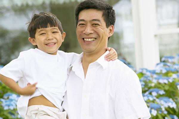 爸爸的壞情緒將嚴重影響孩子的未來