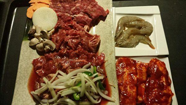 Surah韓國燒烤自助餐館(Surah Korean BBQ Buffet)的韓國美食。(商家提供圖)