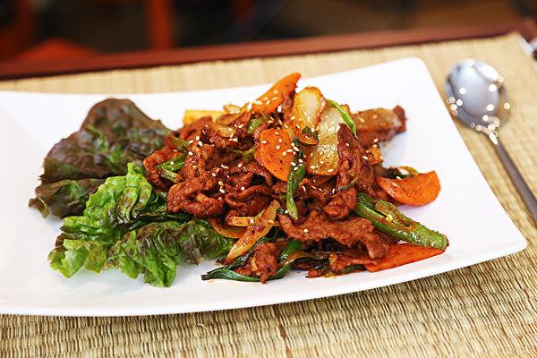 图:辣炒猪肉。(谢凌/大纪元)