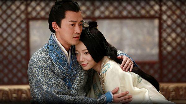 汉武帝刘彻(林峯饰)与第二任皇后卫子夫(王珞丹饰)。(中天娱乐台提供)
