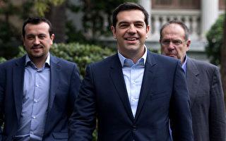 希腊40岁反撙节总理就职