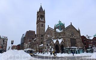组图:暴风雪过后的波士顿市区
