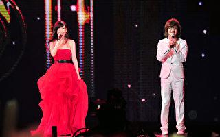 周慧敏与林隆璇登《红白》对唱《流言》