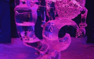 组图:加首都冰雪节冰雕大赛作品展