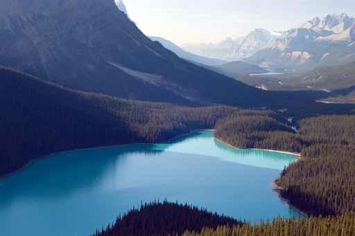 加拿大水资源丰富,吸引中国人投资矿泉水业,出口中国。(fotolia)