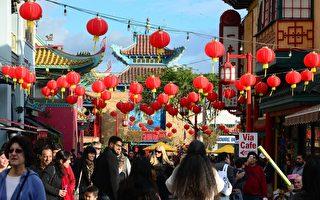 2014年2月2日,洛杉矶街头喜迎中国新年。(FREDERIC J. BROWN/AFP/Getty Images)