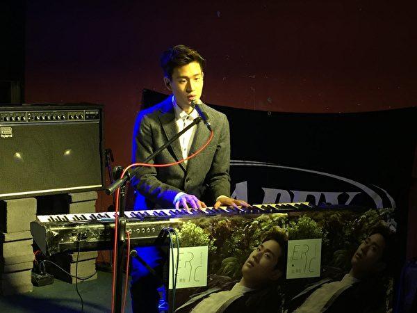 Eric演唱多首新歌。(sony唱片提供)