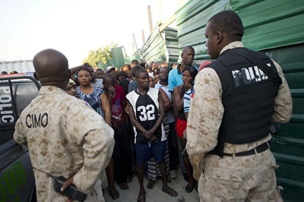 海地巴西花车撞电缆酿祸 超过20死