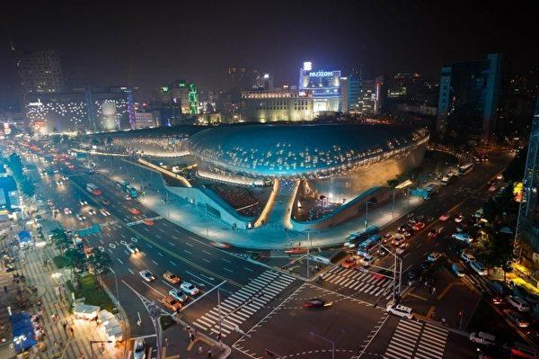 东大门DDP中心为新兴热门景点。(雄狮旅行社提供)