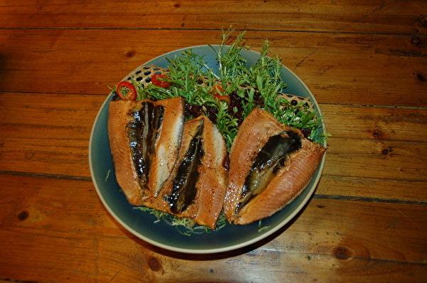 阿發師美味料理-赤崁糖燻虱目魚。(赤崁糖提供)
