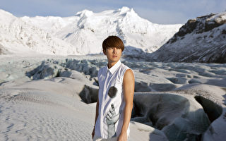 吴克群远赴冰岛低温取景 遇幸运极光