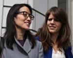 3月21號,法官裁定,鮑康如(左)可以要求損害賠償。該案最終判決將由陪審團裁決。(Justin Sullivan/Getty Images)