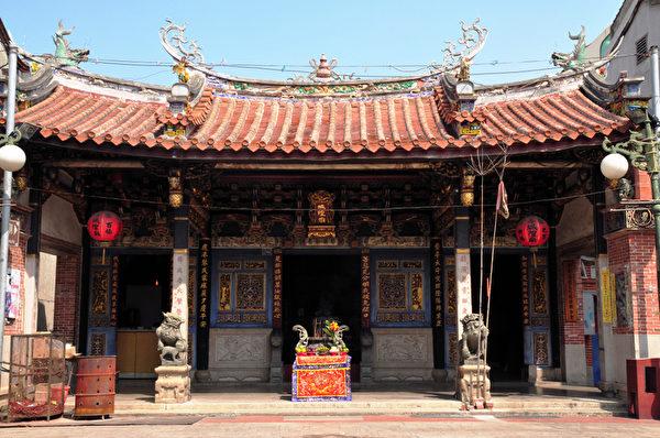 到了晚上,牛樹梅做夢去了城隍的府上。圖為創建於清朝乾隆十九年的鹿港城隍廟。(大紀元)