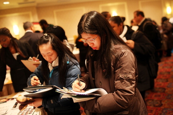 揭大量在美中國留學生遭假公司僱傭