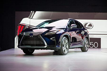 2015.04.01纽约车展。2016 Lexus RX。(戴兵/大纪元)
