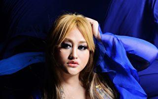 蕭青陽打造主視覺 家家化身美麗藍鵲