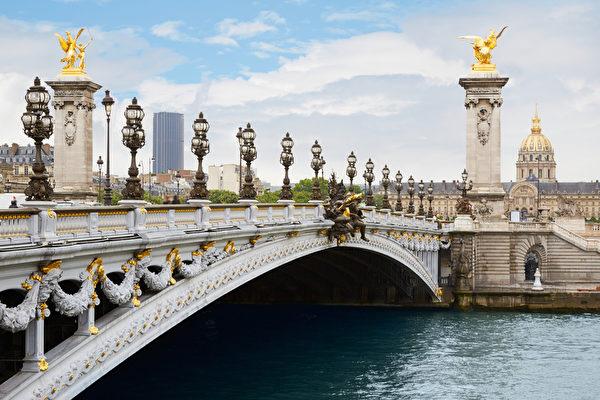 巴黎是法國的浪漫之都,任何歐洲旅遊都不能繞過巴黎,它的夏日氣候清爽宜人。(Fotolia)