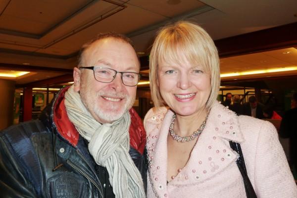 欧洲央行秘书长Susan Ritter夫人与先生Werner Ritter观看了3月14日神韵国际艺术团在法兰克福世纪大厅的演出,他们非常感动,对神韵赞不绝口。(文婧/大纪元)