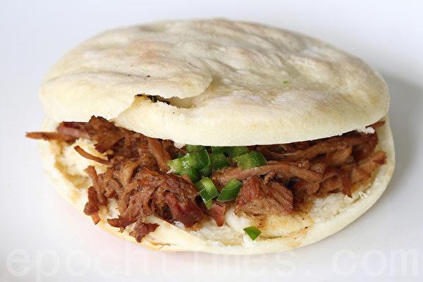 中國留美生不編程開餐館 肉夾饃涼皮熱賣