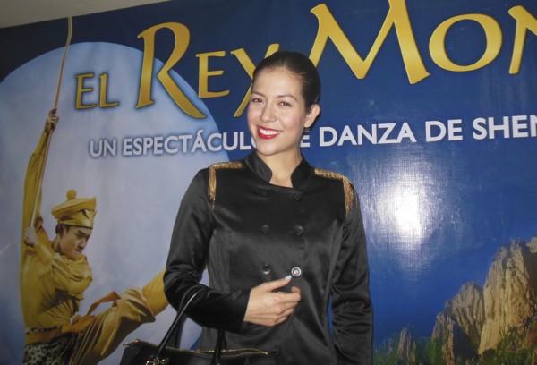 墨西哥的知名女演员Mónica Farías5月14日观看了神韵舞剧团在墨西哥首都墨西哥城的第八场演出。(李辰/大纪元)