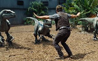 《侏羅紀世界》將開幕 新變種暴龍登場