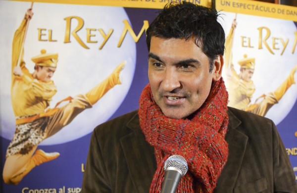CNN记者Hugo Correa先生于6月4日在布宜诺斯艾利斯观看了神韵舞剧《西游记》。(新唐人)