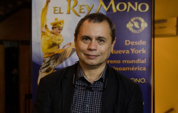 Edgar Mainhard于6月5日晚观看了神韵舞剧团在阿根廷首都布宜诺斯艾利斯的Opera剧院上演的《西游记》第二场演出。(新唐人)