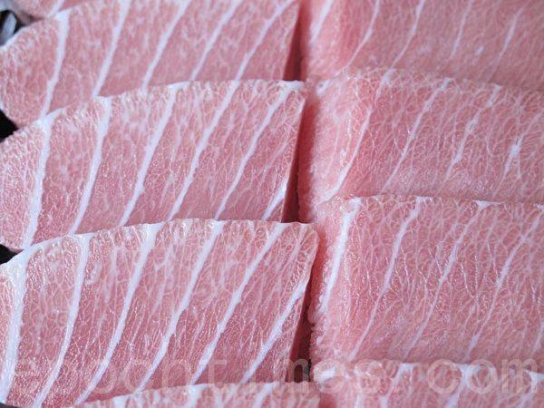 南方黑鲔鱼大腹油花分布宛如最高级的霜降松阪牛(旭昌海洋企业提供)