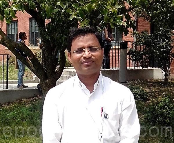 来自印度的Anto Paul,是Neisser学校的校长,也是当地和平频道Peace Channel的创立者。(王景云/大纪元)