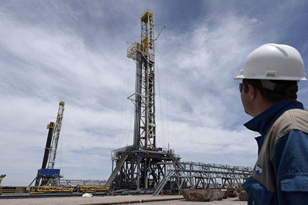 油价看法趋悲观 全球能源业再爆裁员潮