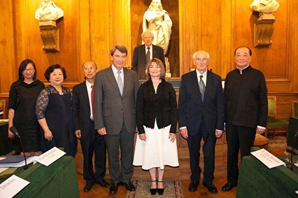 第十九屆臺法文化獎在法國科學院隆重頒獎