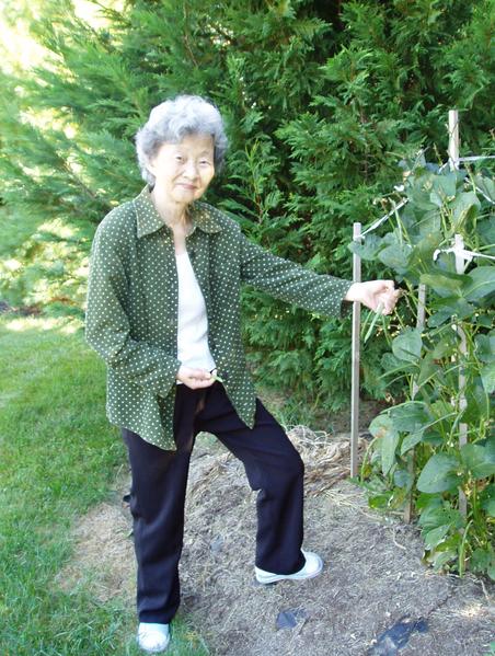 曾在湖北省麻城市第一人民醫院藥劑科工作的孫紅女士50歲就因病退休,經常掙扎在死亡邊緣。她說:「我親眼見到法輪功祛病健身的奇效,於是我也開始修煉。修煉法輪功後,在沒有用藥的情況下,一天比一天好,直到徹底斷根。」 (孫紅提供)