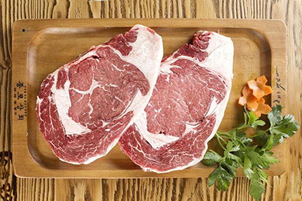"""在""""钟路""""可以吃到很多的猪肉部位。(张学慧/大纪元)"""