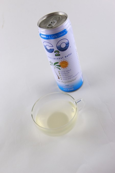 C2O椰子水 露营良伴添健康